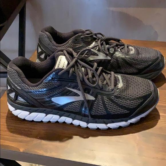 1b1e67ec5c8dc Brooks Other - Brooks Beast 16 Tennis running Shoes Xwide sz 12.5